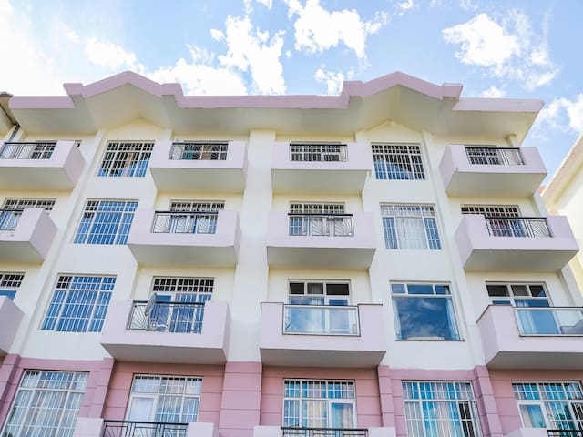 OYO - Best Deal! – Conventional 2BHK Home in Shimla