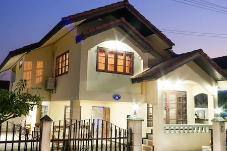 MUTTHONG HOUSE - Chiang Mai - Hus