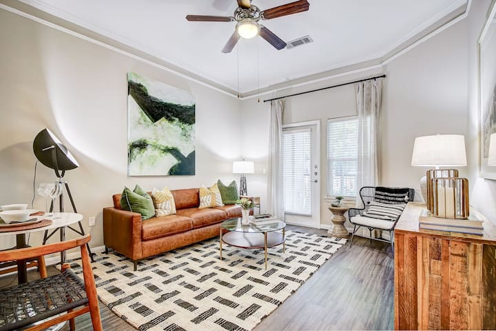 Escape to a place of your own | 2BR in Houston