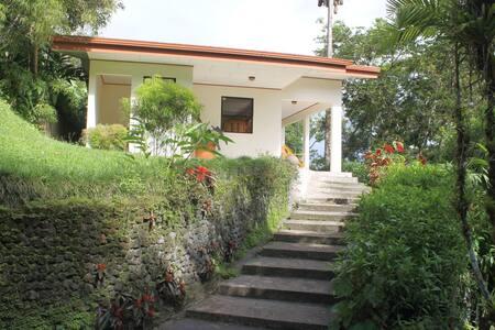NEW! Charming bungalow w/kitchen & Lake View!
