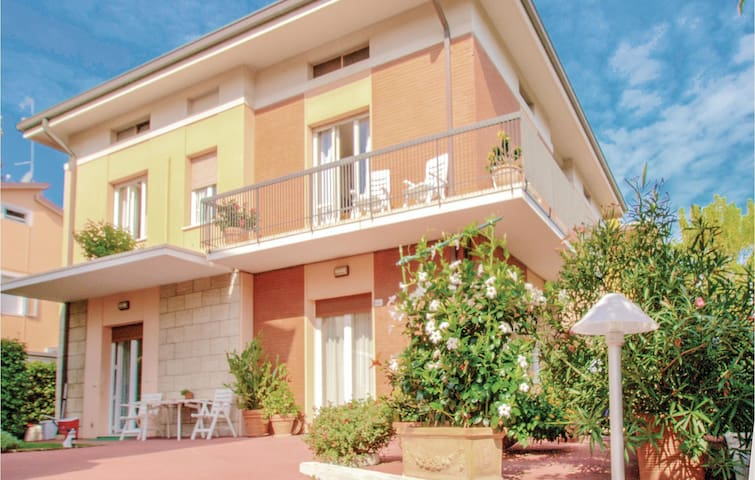 Holiday apartment with 3 bedrooms on 105m² in Gabicce Mare -PU-