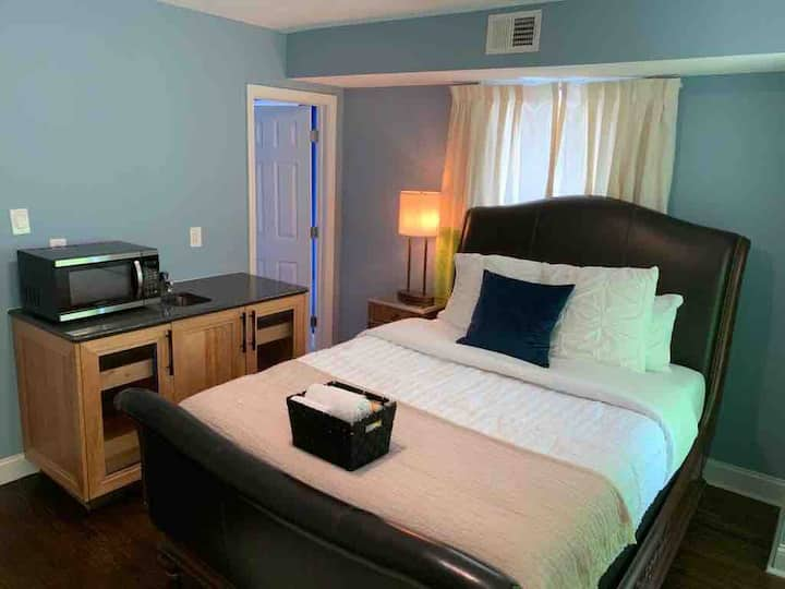F202_Beautiful Suite Near Newark Airport and NYC