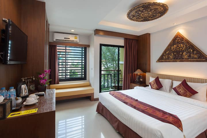 Superior Double with Balcony Thai Style in Patong