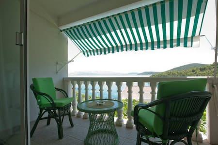 Sun & sea, relaxing vacation on Island of Šolta