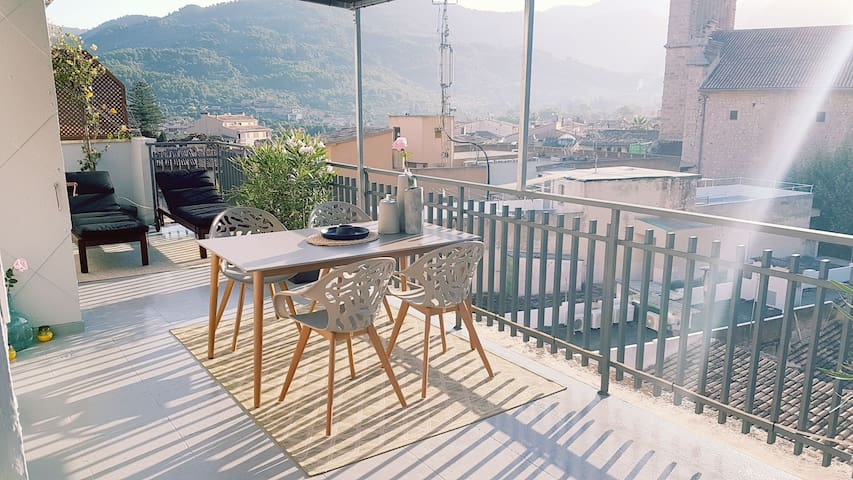 Penthouse with amazing views in Sóller!