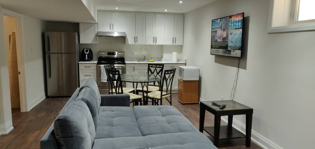 Spacious cozy  new Basement apartment with kitchen
