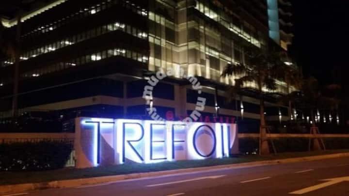 Setia city trefoil budget studio ( 4 pax )