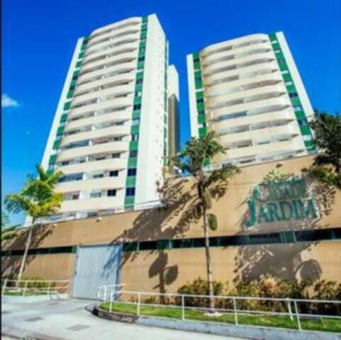 Apartamento inteiro *PROMOÇÃO* Academia e piscina