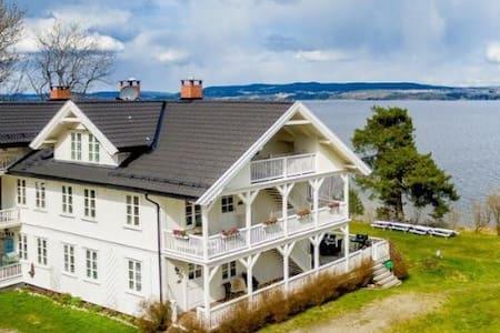 Sjarmerende feriehjem v/Øyeren - Flateby