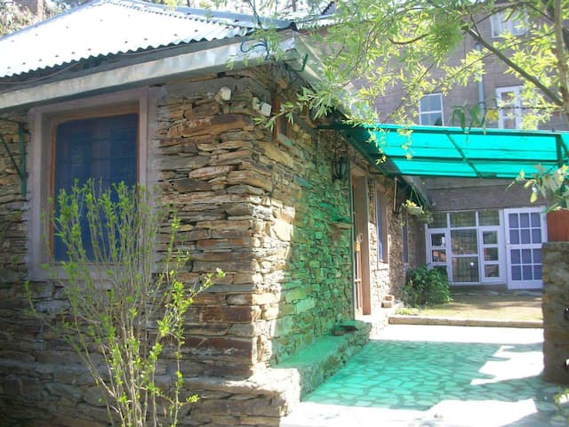 The Leopard's Den - Rajgarh - House