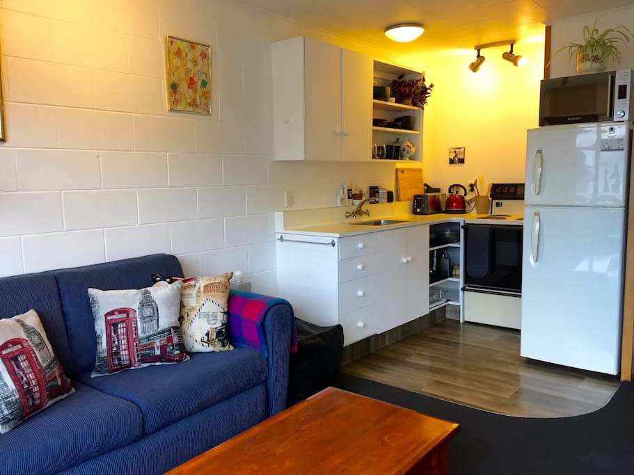 Lounge / Kitchen / Sofabed
