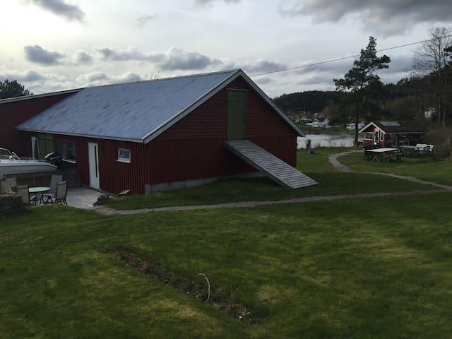 Perle ved Iddefjorden - Halden