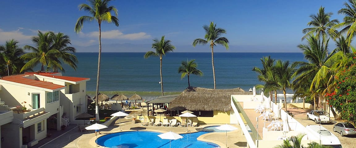 Casa Glea - Luxury Condo On the Beach