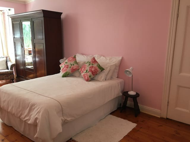 The Pink Room - Durban - Hus