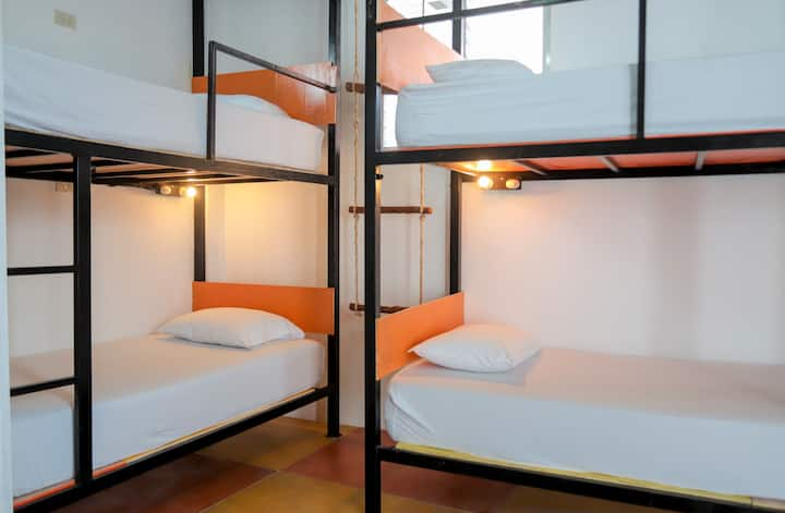 Mixed shared room 6 beds with fan in Flores Island