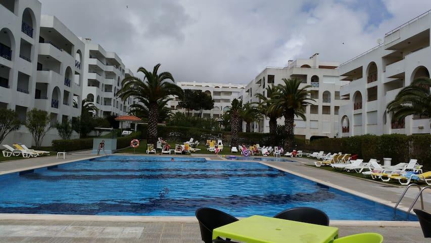 Algarve/Sra da Rocha/ Porches/Alugo/ 43804/AL