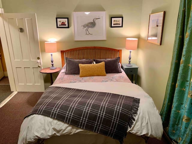 Featured Queen Bedroom