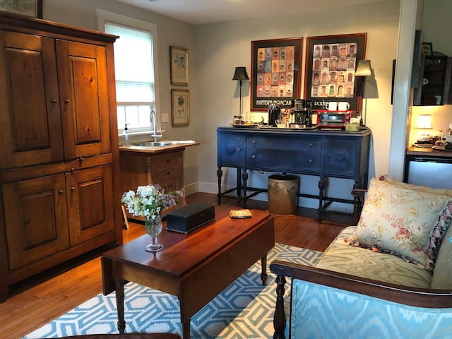 Magical Carversville Cottage  New Hope -Solebury