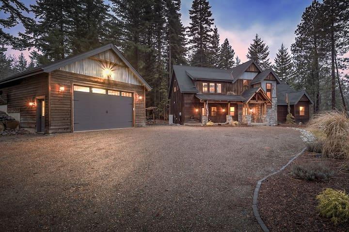 Minor's Manor - Luxury Cabin in Outdoor Paradise