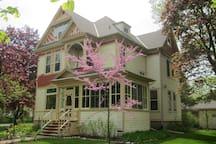Gilbert Huson House 1