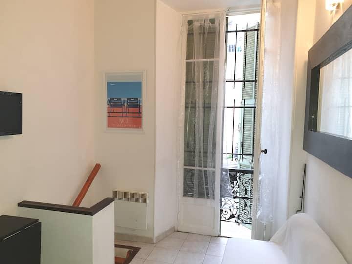 Studio Nice à 5 min à pied de la gare Nice-Ville