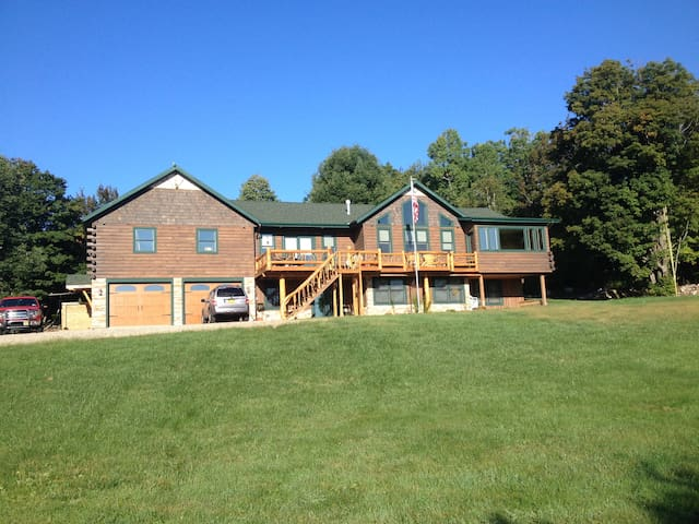 New 5200 sq ft Adirondack log home - Saranac - House