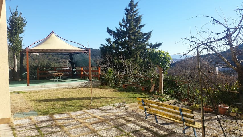 Nice room close to Perugia - Corciano - House