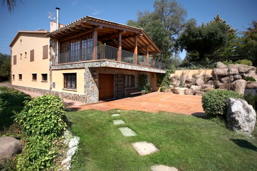 Catalunya casas masia matadepera for 14 guests only 25km for Barcellona case affitto