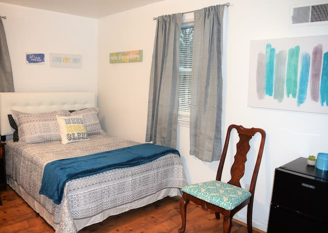 The Hideaway 3 Bdrm Apt, Close to National Harbor
