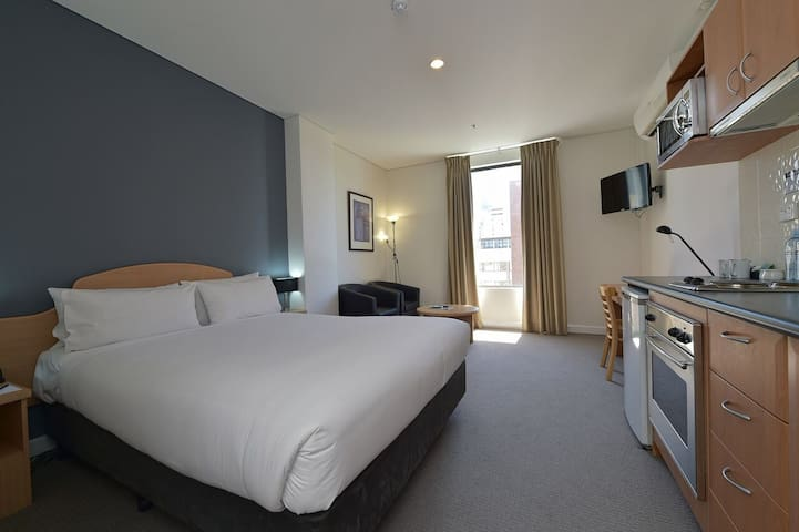 Hotel Style Central Studio with Kitchen - Perth - Wohnung