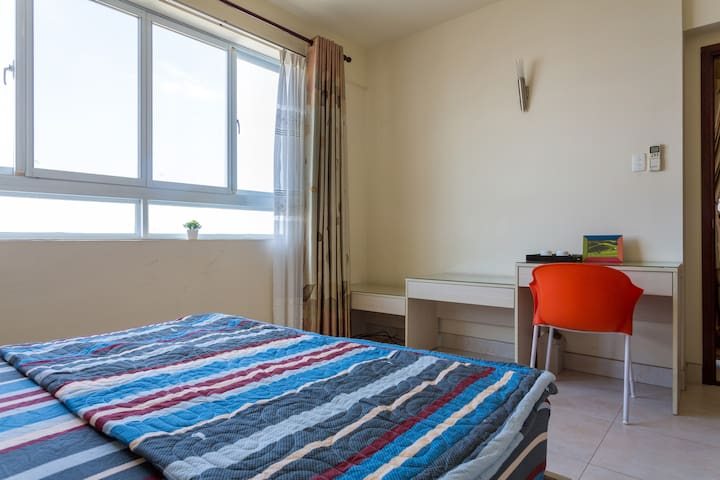 Bedroom 1-pool apartment Dist5 - Hồ Chí Minh - Lägenhet