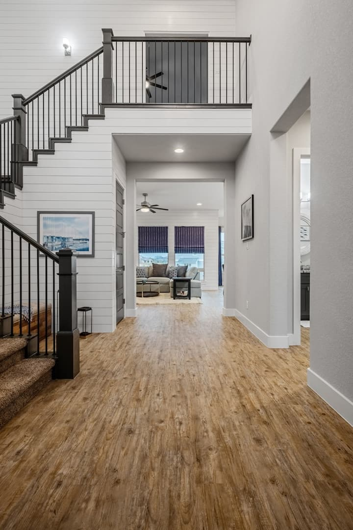 Archview Terrace - BRAND NEW! Community Pool and Boat Slip Available