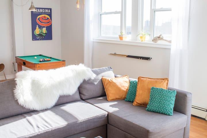 Fun & Cozy, BBQ, Games Table, Big TV *Downtown* - Halifax - Lägenhet