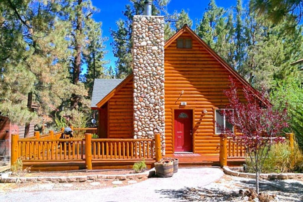 Cozy And Charming Chalet Cabin Cabins For Rent In Big