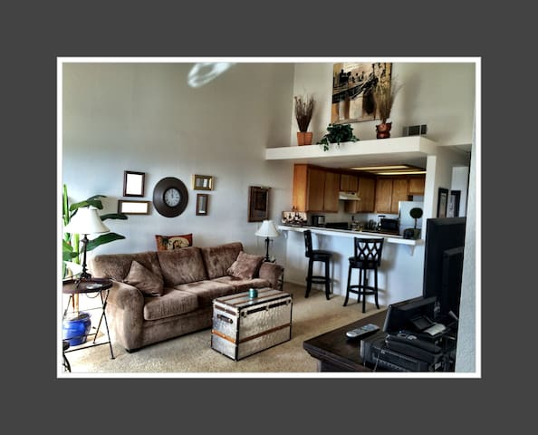 Ocean View Condo/Baycliff Village