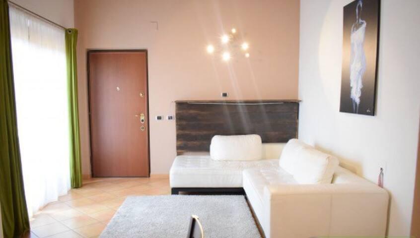 Bellissimo appartamento, Milano periferia - Trezzano Rosa