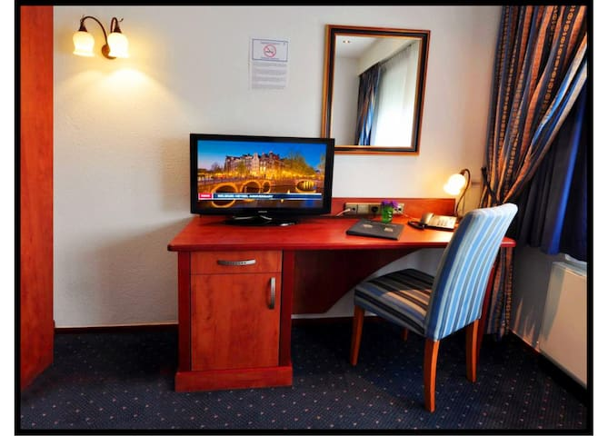 Herbergh Hotel Amsterdam Airport11