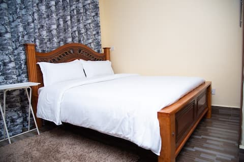 Classy|Airport Serviced Apartment| Only @ 25$