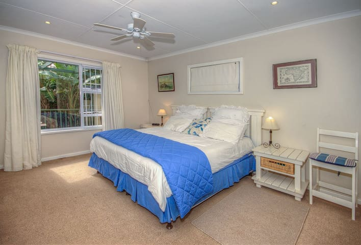 Main Bedroom Apartment 1