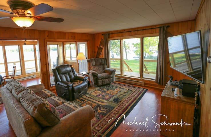 Bear Island Getaway - Crane Lake