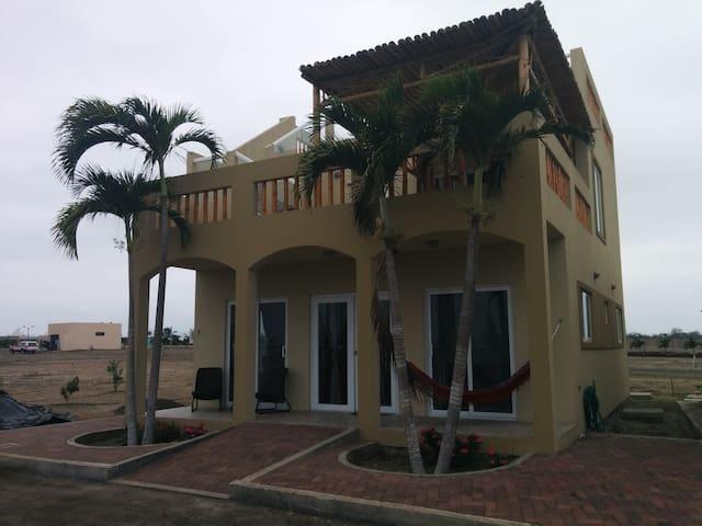 La Villa Pichincha - Montecristi - Maison