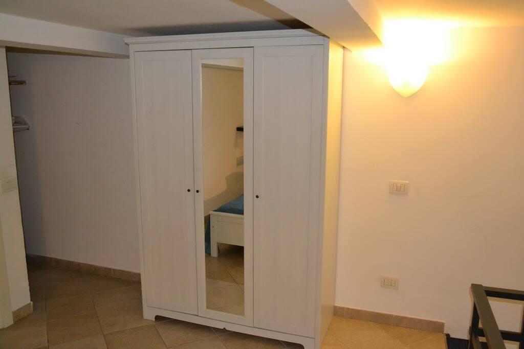 armadio zona letto