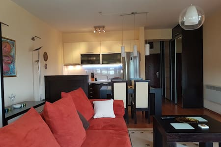 Comfy, Clean & New Home in Skopje - Daire