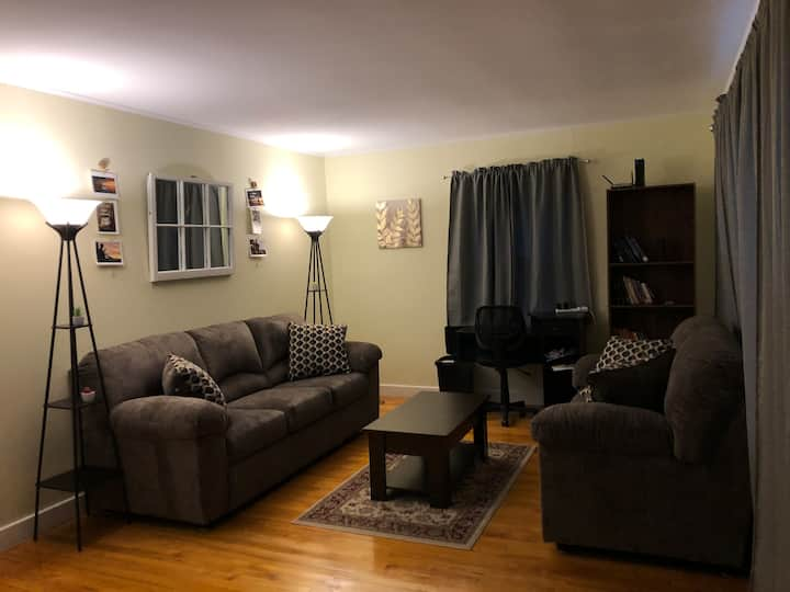 Cozy Home, Private lot, Barre VT