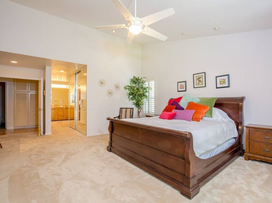 Master Bedroom Suite: Walk in Closet, King size bed, soft plush carpet, work desk area, large wall mounted TV, connected Bathroom with large soaking tub, separate shower, very spacious! Located on the First floor