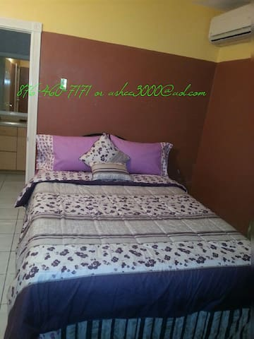 Guestrooms at Danishie's Place  #4 - Spanish Town - Bed & Breakfast