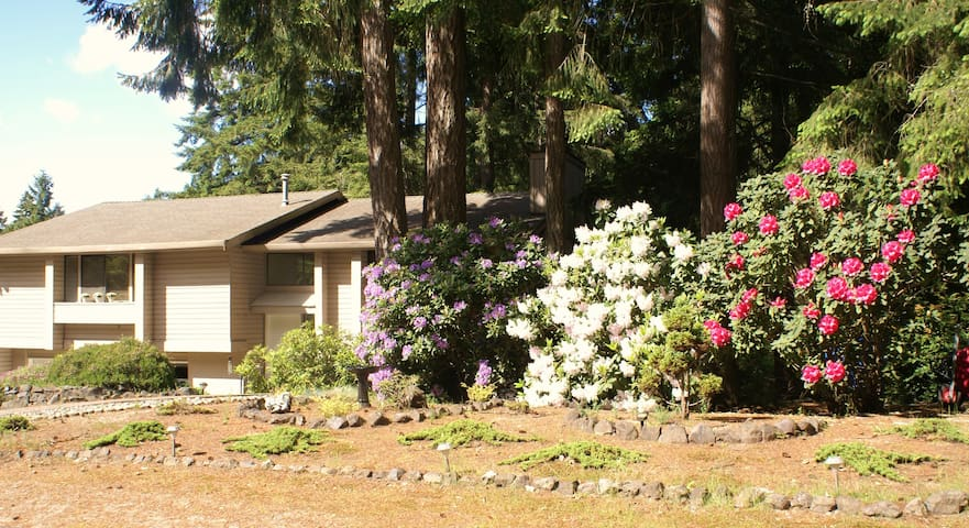 Quiet 1 Bedroom Close To Gig Harbor Waterfront