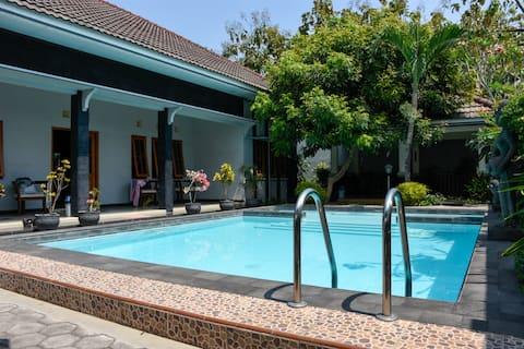 Luxury villa near Yogyakarta