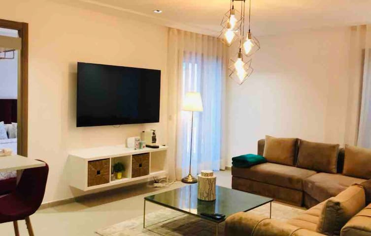 Stylish & Chic Flat ⚜️ - Best Place ☑️- New Building