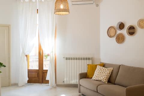 Centogrotte: hyggeligt og lyst hus med terrasse